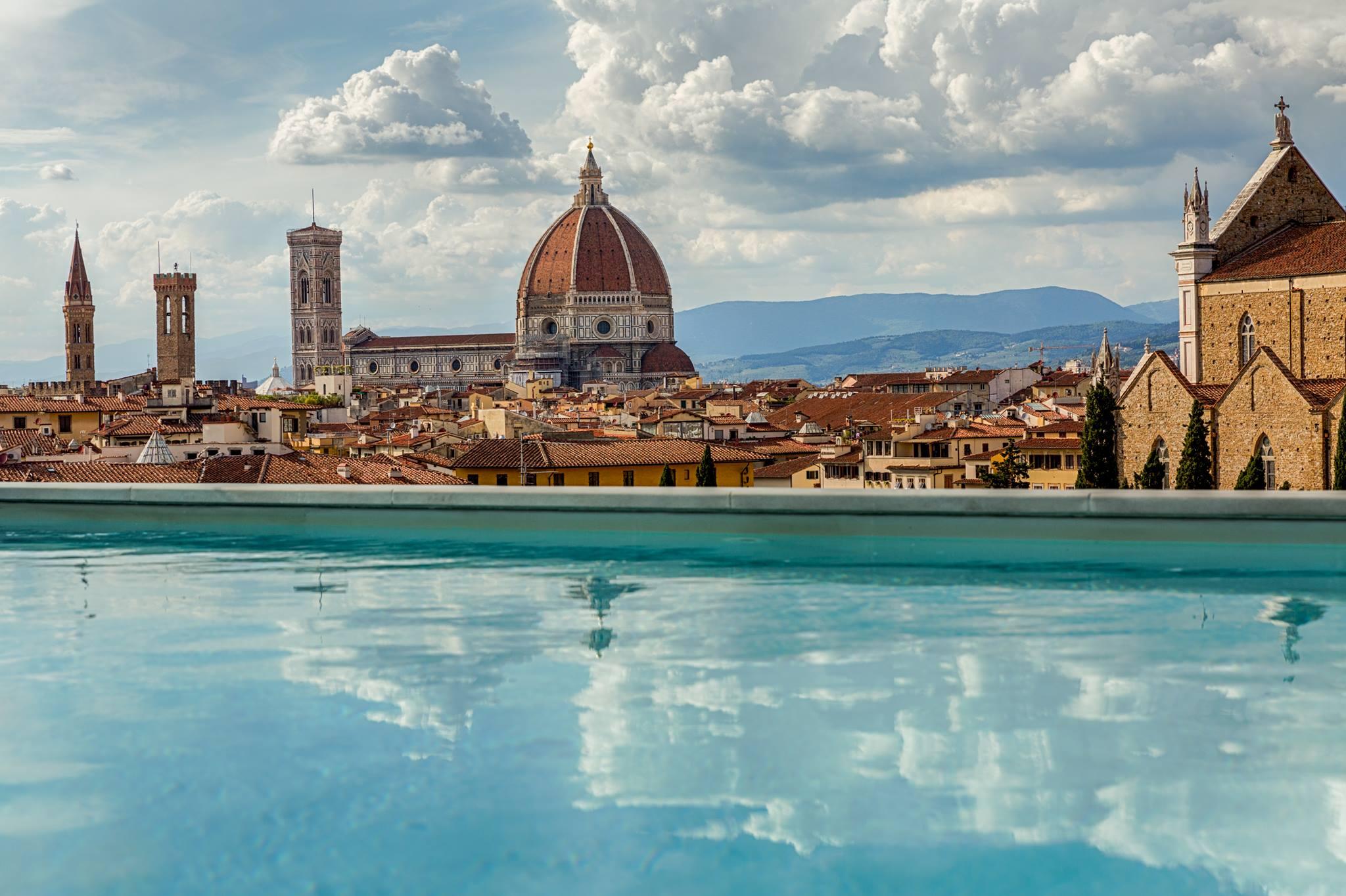 Aperitivi a Firenze: aperitivo sulla terrazza Empireo del Plaza ...