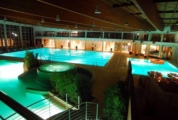 In piscina all 39 hidron con un bimbo piccolo - Piscina hidron campi ...