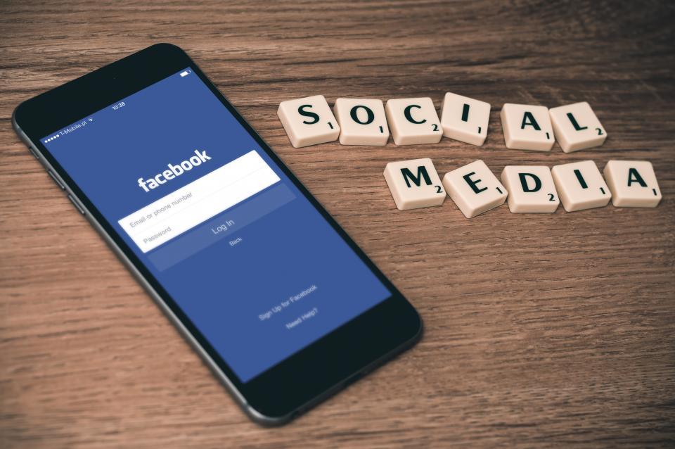 corso_social_media