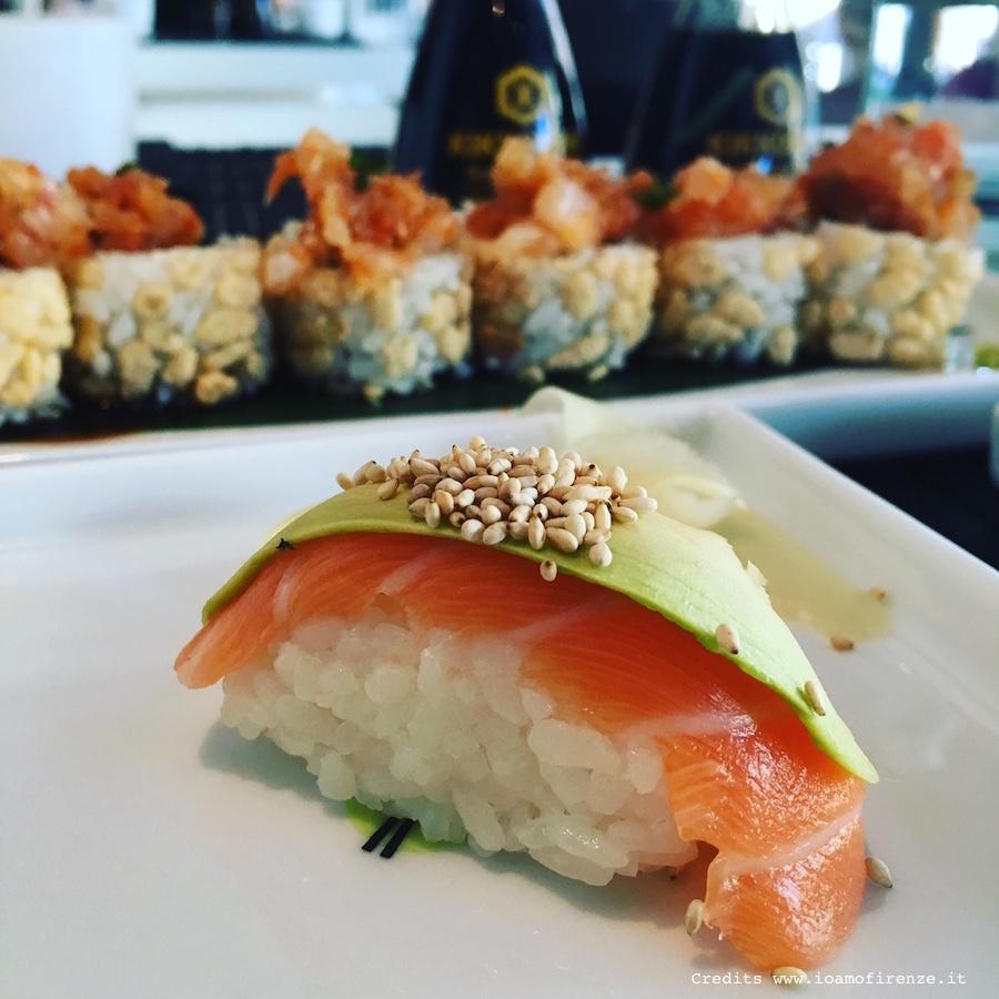 nigiri-salmone-avocado