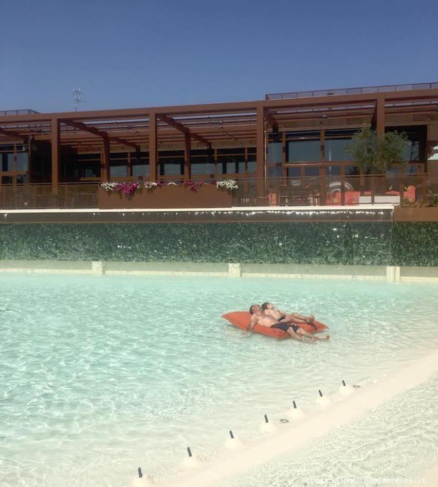 Materassino piscina io amo firenze for Piscina firenze