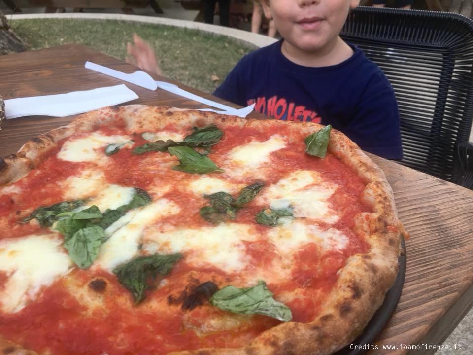 pizzeria per bambini con giardino