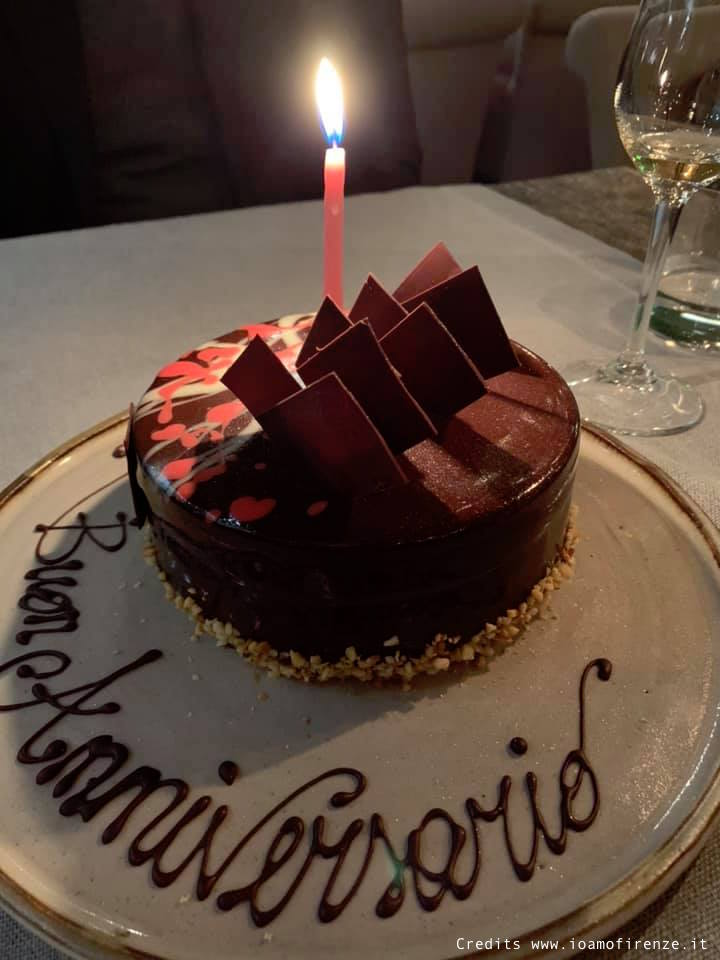 torta al cioccolato anniversario di matrimonio