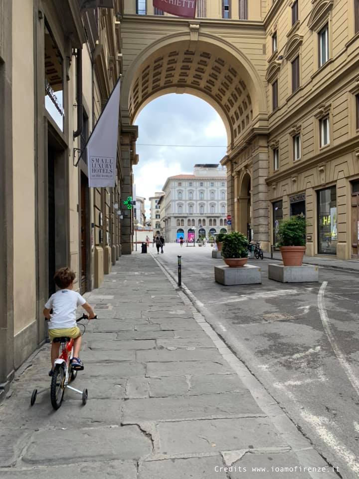 in bici a firenze